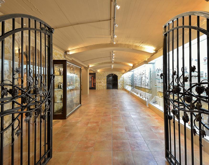 CostaLazaridi-Museum-VisitMuseum